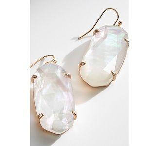 Kendra Scott Esme Earrings White Pearl